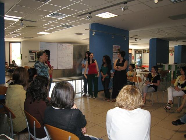 öğrencilerin geri bildirim toplantısı
